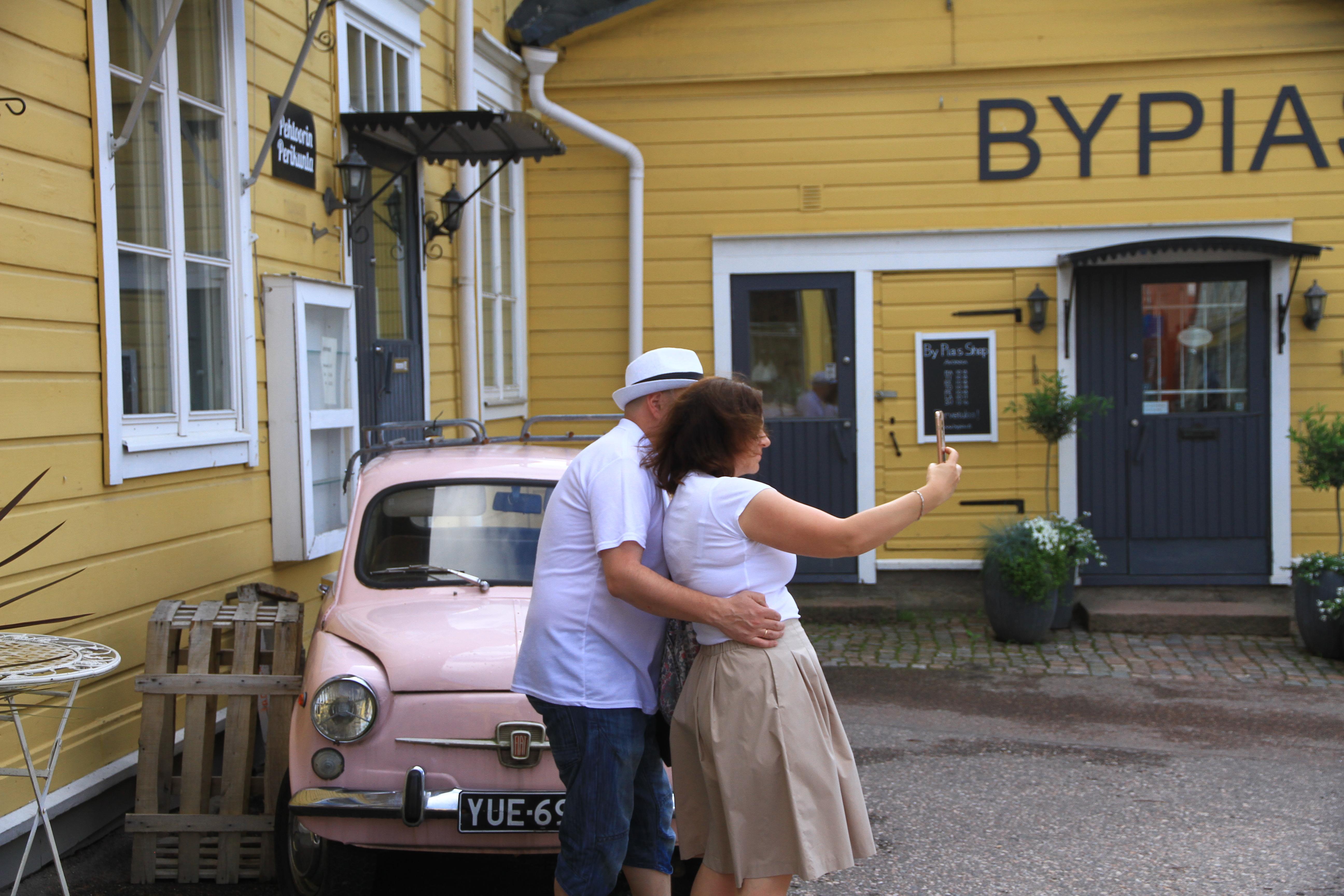"""54、芬兰波尔沃:是芬兰目前唯一保存下来的中世纪建筑小镇,被称为""""北欧木制建筑博物馆""""2"""