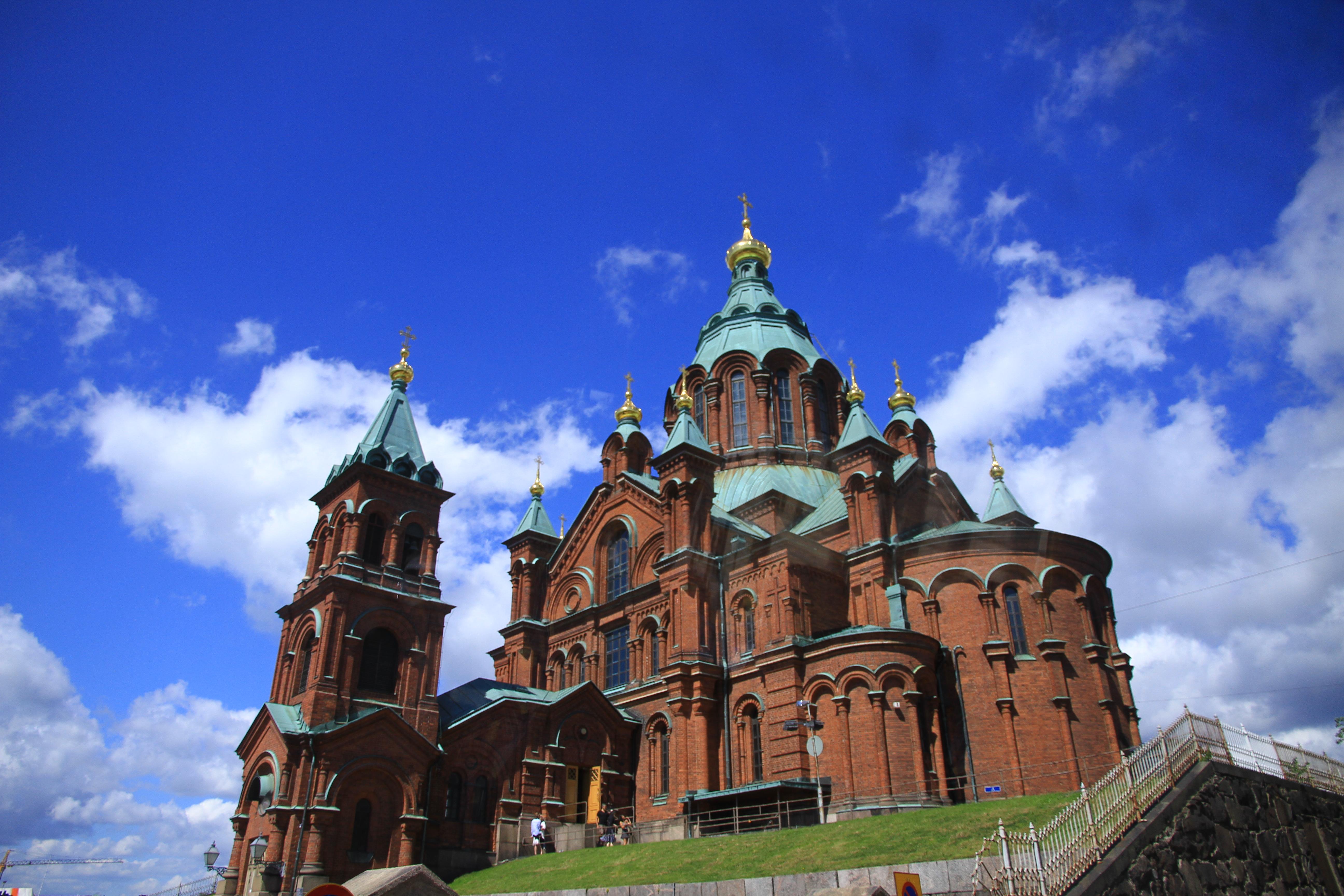 75、芬兰赫尔辛基:乌斯潘斯基教堂(红教堂)