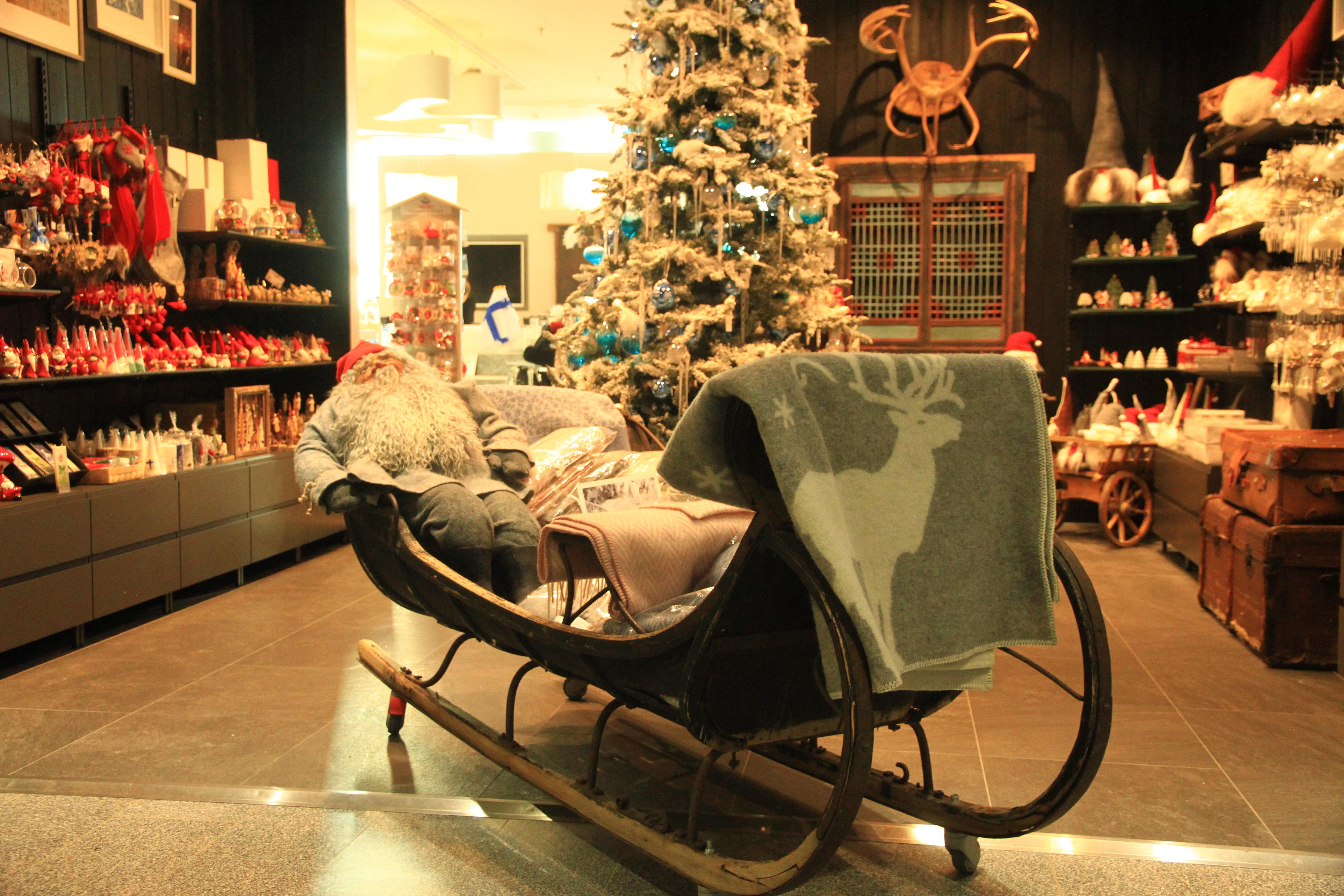 78、芬兰赫尔辛基:驯鹿、雪橇、圣诞老人--