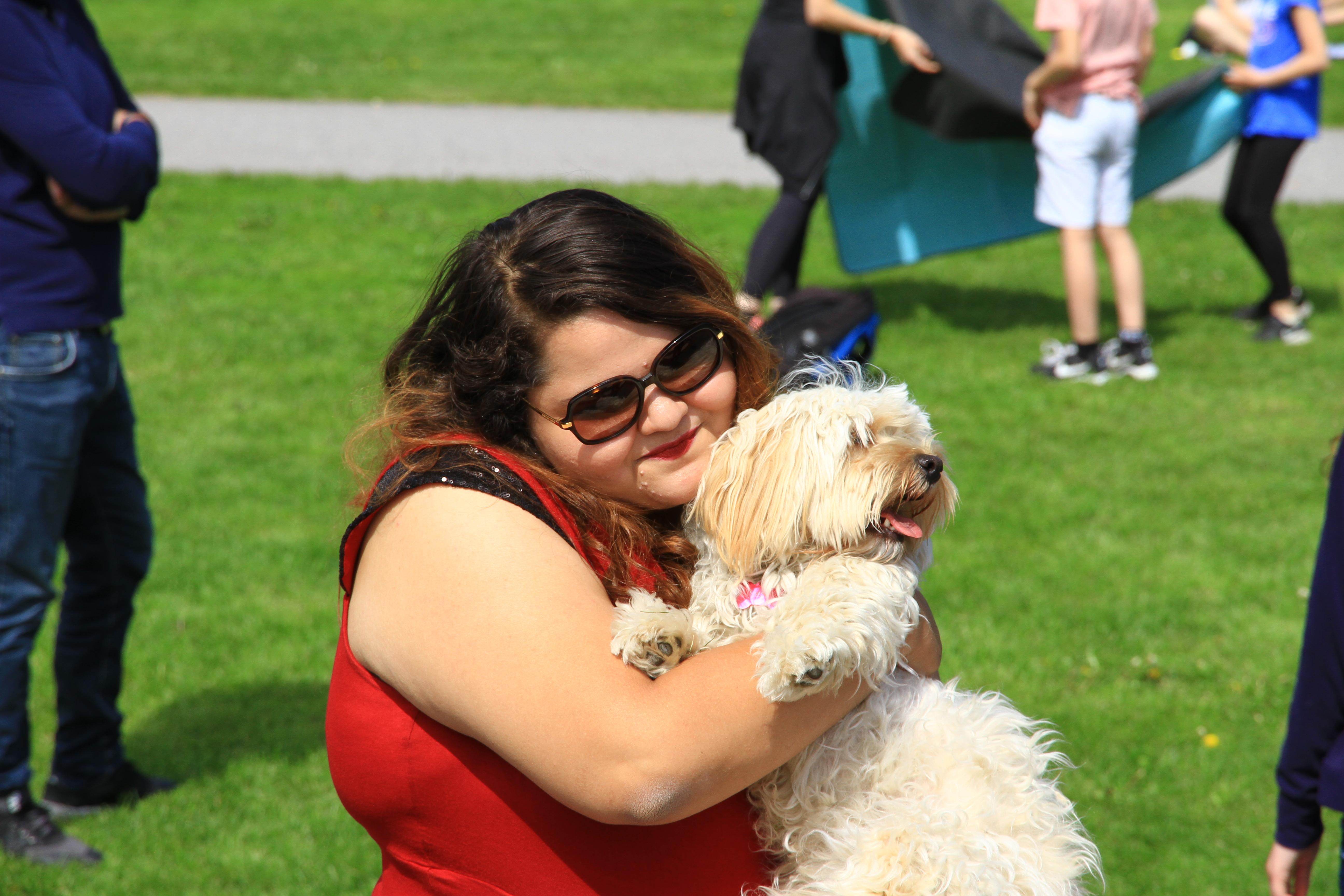 104、挪威奥斯陆:维格兰雕塑公园:胖妞与狗狗