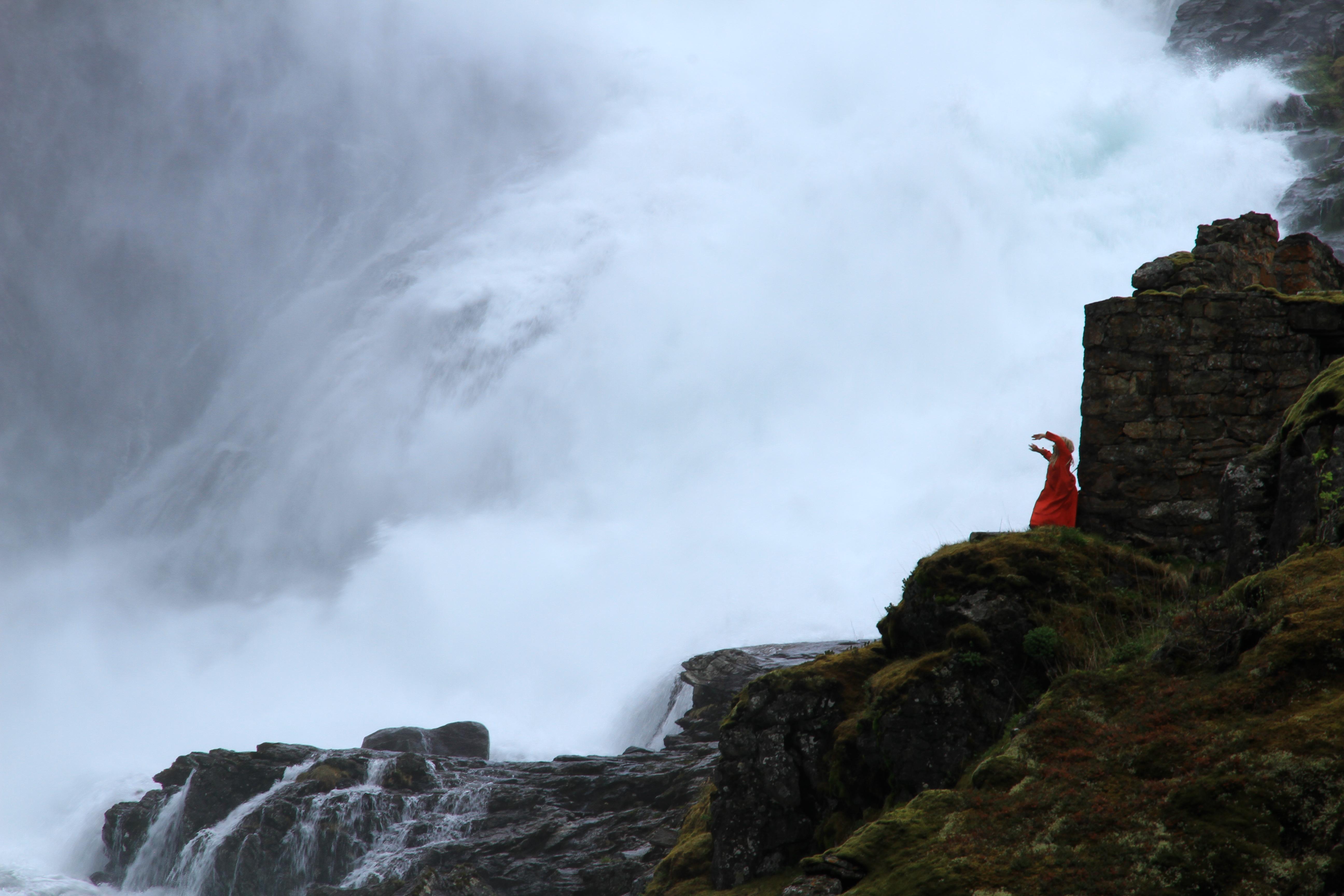 111、挪威盖朗厄尔峡湾:瀑布舞者