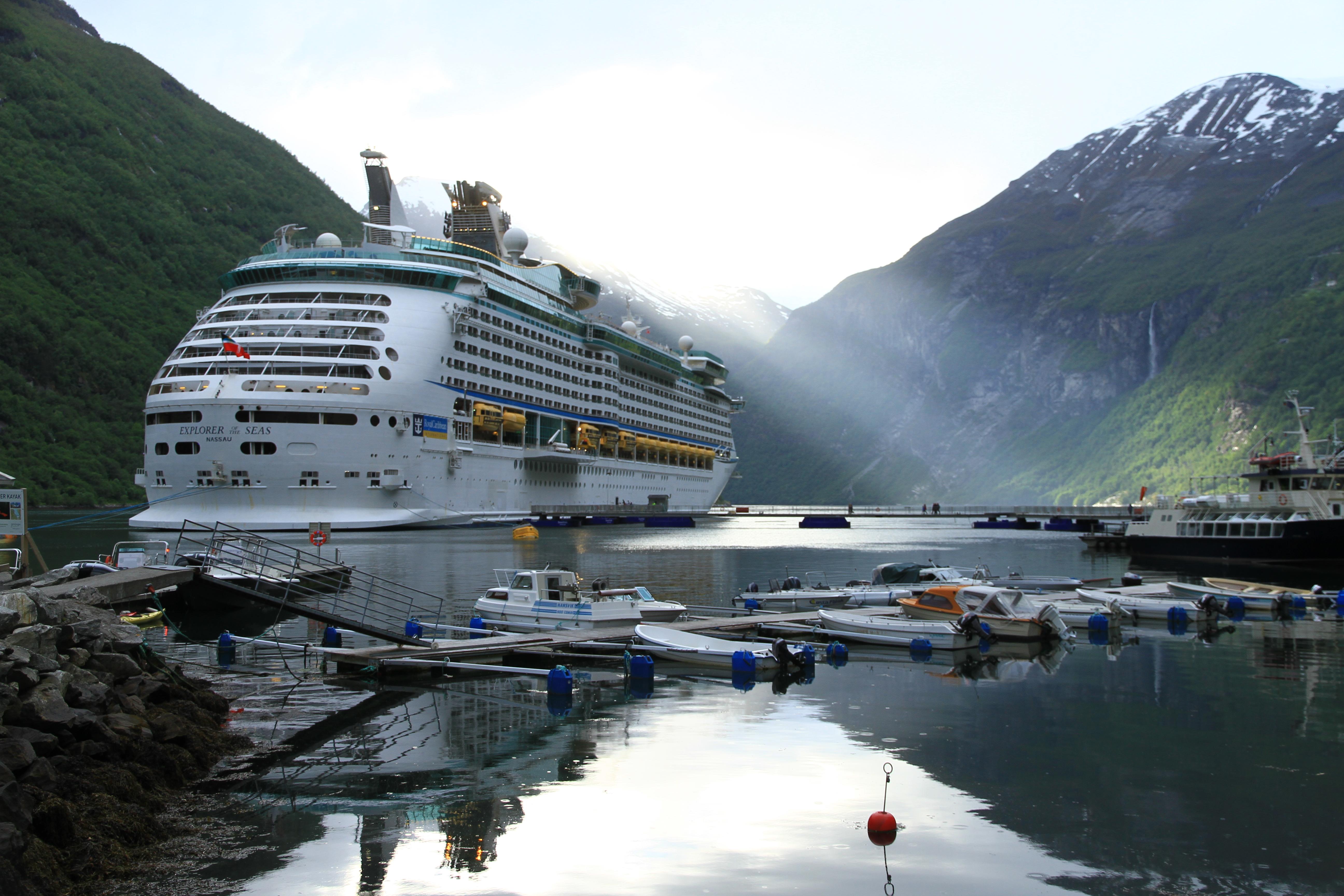 112、挪威盖朗厄尔峡湾:峡湾景色
