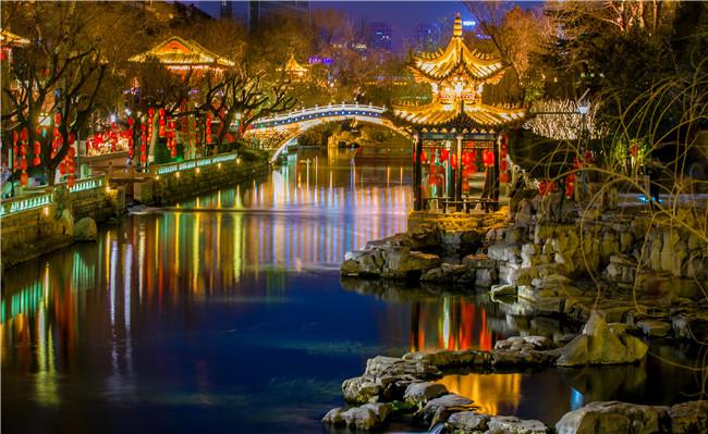 济南护城河夜景-李锋.jpg