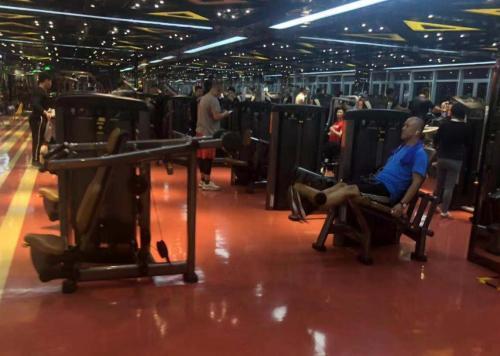 全民健身不等于全民健身房。 张一凡 摄