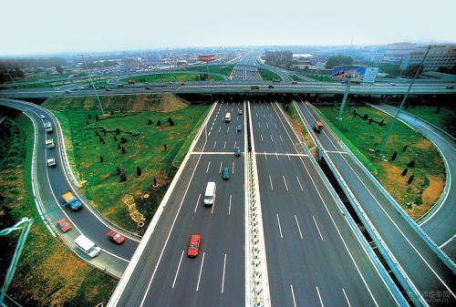 滨莱高速通车进入倒计时 比原计划提前五个月