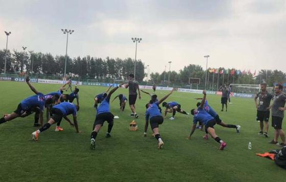 鲁能潍坊杯出现大比分输球,河北华夏幸福1-10巴西桑托斯