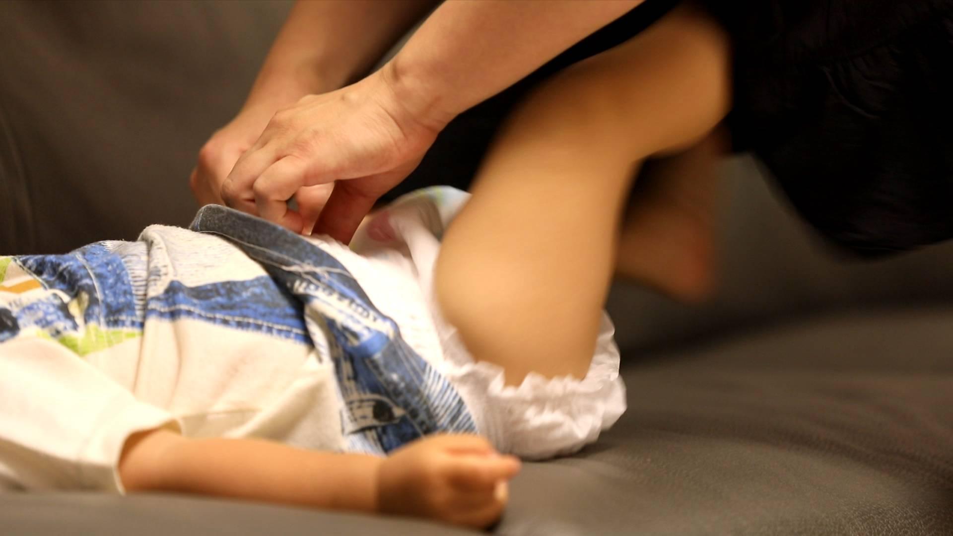 60秒丨纸尿裤穿不好会有大隐患,新手爸妈快来看