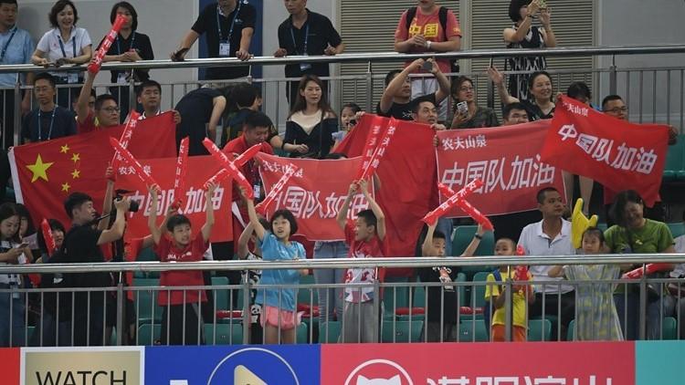 游泳世界杯济南站盛大开幕 粉丝助威中国队加油