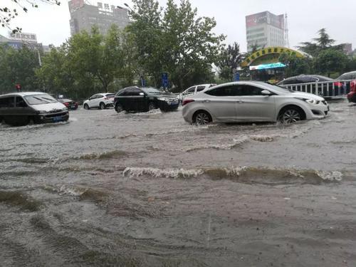 聊城城区585名防汛队员严阵以待