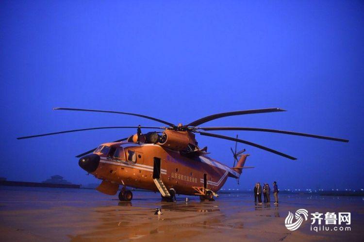 3分钟丨寿光张僧河堵口彝族龙方记者手记:直升机降落那一刻,村民沸腾