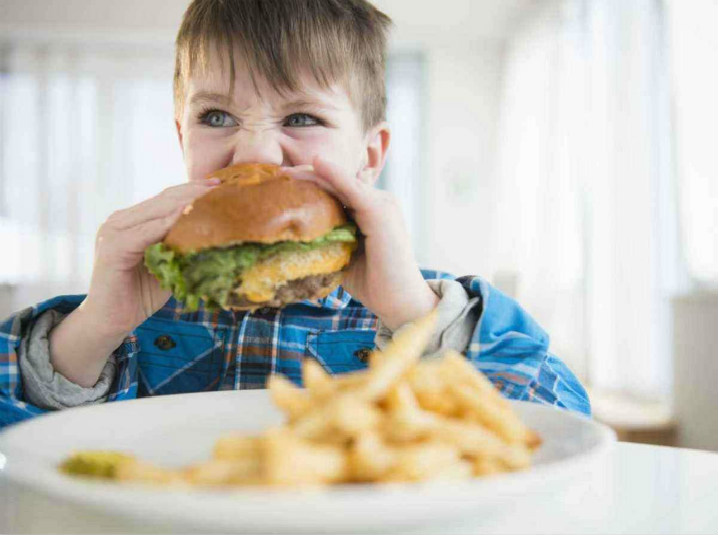 孩子越胖養得越好?先看完這篇再下結論