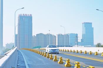 连接南北工业园区!淄博高新区西六路跨线桥正式通车