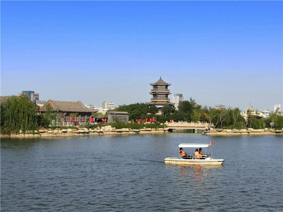 聊城:秋雨过后水城新