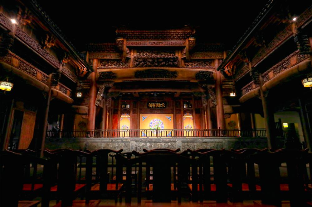 """300年古戏楼在上海""""重生"""" 传统文化火起来"""