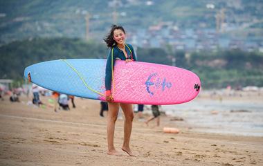 青岛逐浪女孩拿下两个皮划艇亚洲冠军