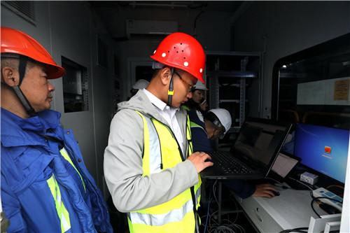 山东联通在青岛港开通商用5G网络 首次实现5G SA工业级控制