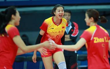中国八一女排首战3:0轻取美国队 迎来开门红