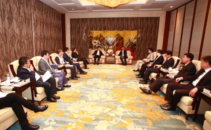 王鲁明会见中国核工业集团客人