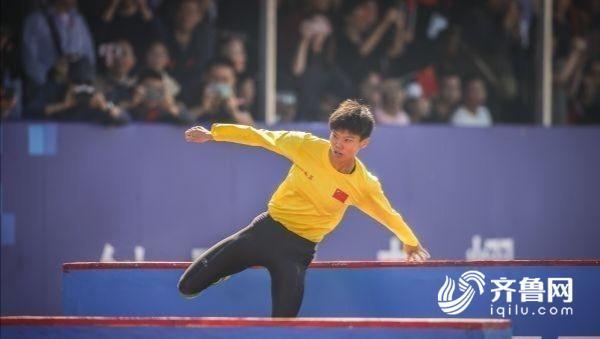 軍運會山東體育學院校友盧嬪嬪打破世界紀錄
