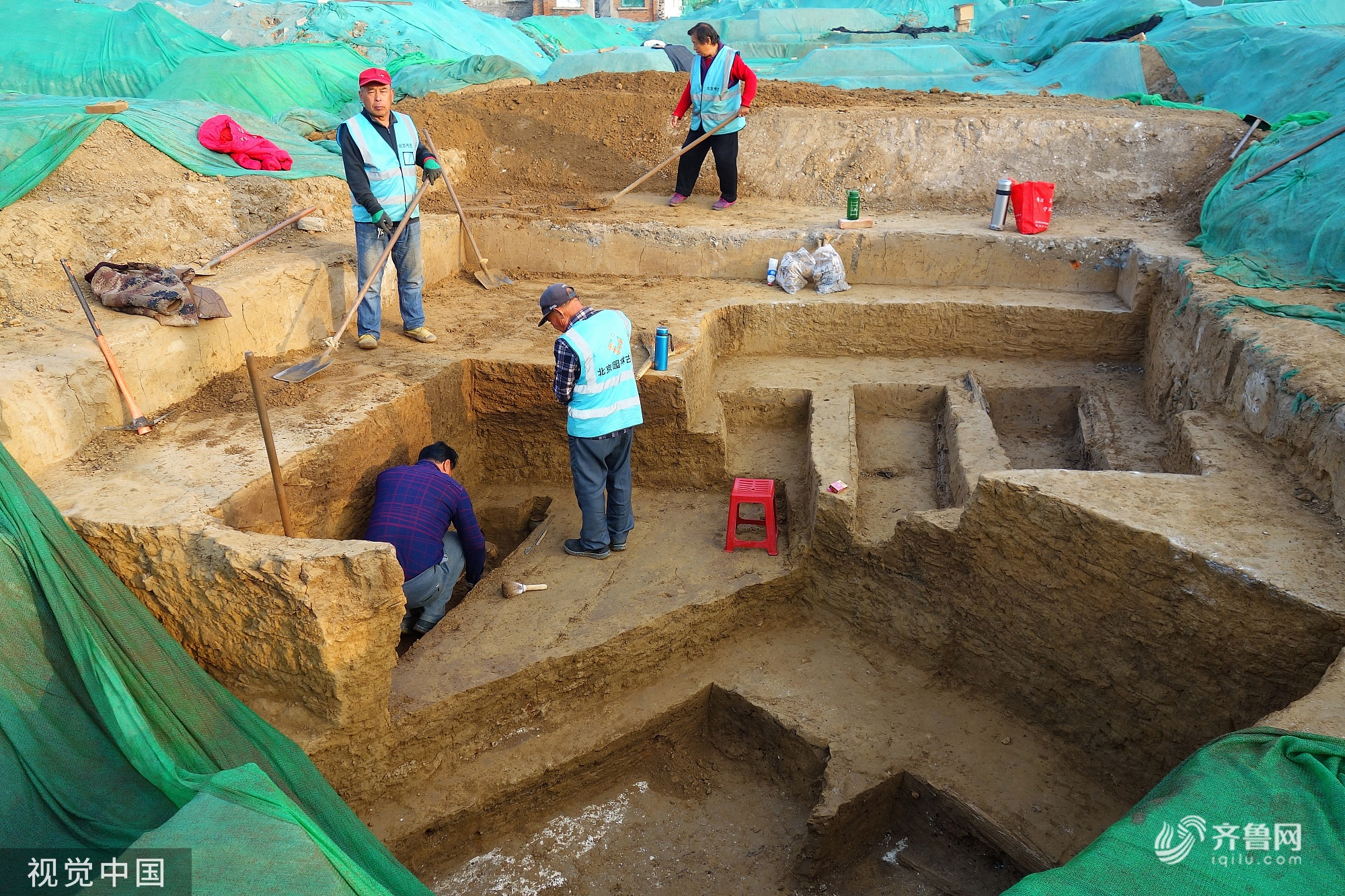 北京景泰地铁站附近发现古墓70座 为明清普通墓葬