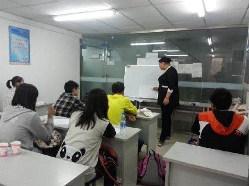 聊城重点整治强迫学生参加校外有偿辅导班等问题