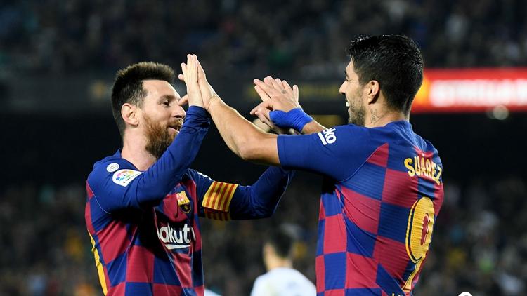 梅西两射两传 巴塞罗那5-1巴拉多利德