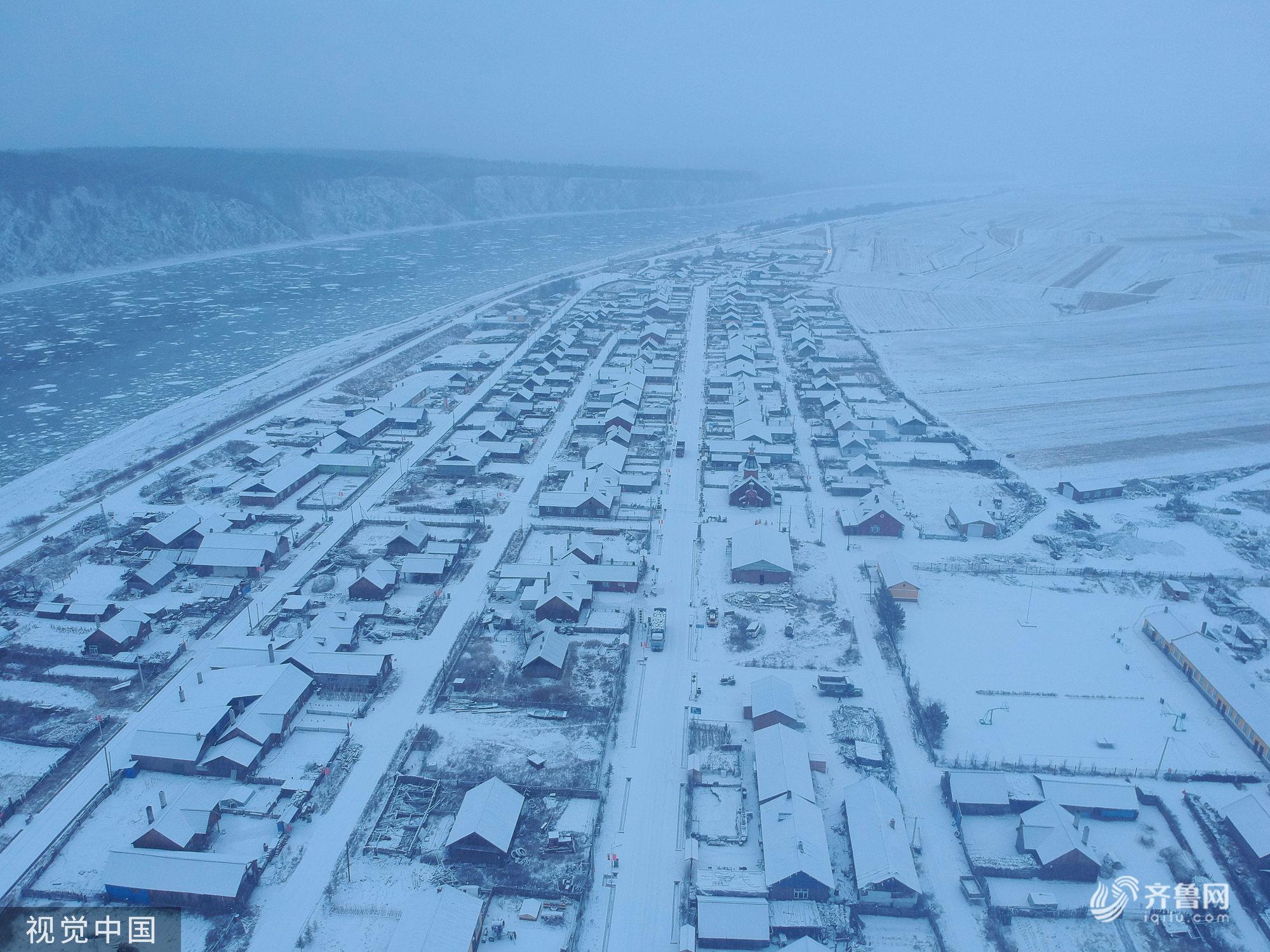 黑龙江大兴安岭:漠河迎降雪 大地银装素裹