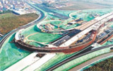 畅通西南角 期待大变脸 原山大道—昌国路互通立交桥已完成总工程量的75%