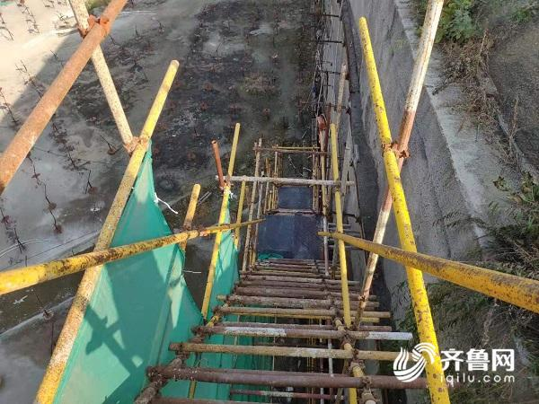 坑内楼梯.jpg