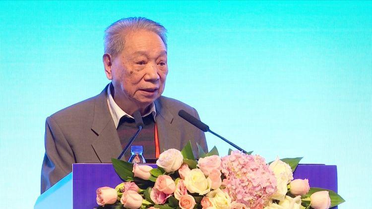 4中国科学院院士 陈可冀教授致辞.JPG
