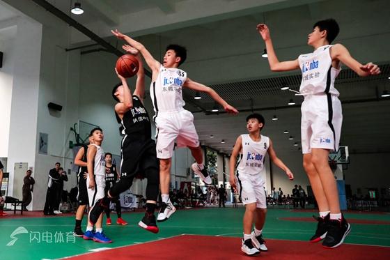 2019年校园篮球冠军赛精彩开赛