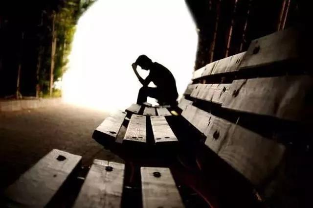 90秒4问题提问法,帮助筛查抑郁症