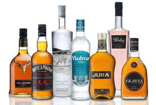 青少年饮酒低龄化:对恋上酒精的孩子说不,有用吗?