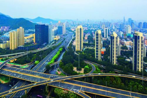 """山东新旧动能转换综合试验区建设总体方案获批两周年 看济南先行区如何""""先行""""闯新路"""