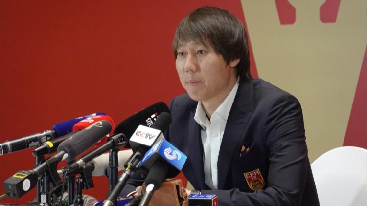 李铁出席中国国家足球队新帅上任新闻发布会