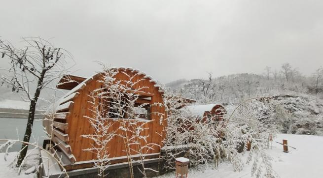 高级灰!高清组图赏2020年第一场雪中的九如山