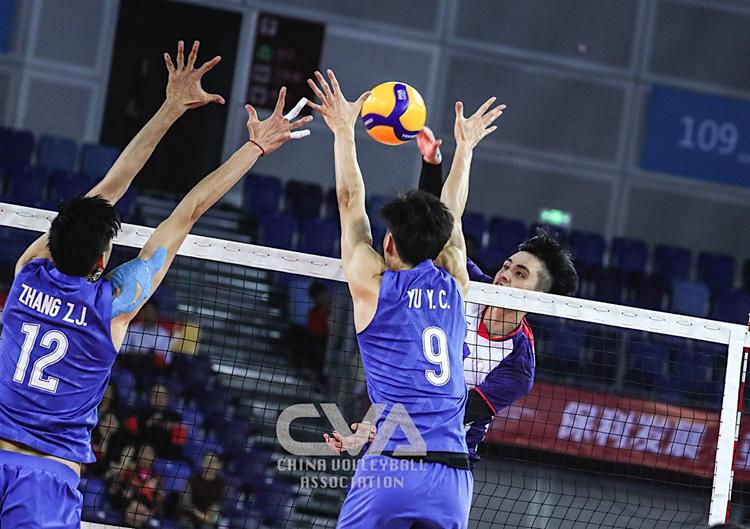 奥运资格赛中国男排逆转取胜,提前晋级四强