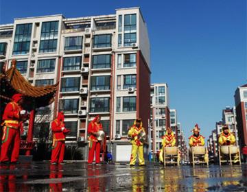 邹平社区锣鼓队排练传统曲目迎佳节