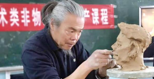 聊城市第三届十佳非遗传承人李延平:用一辈子的守望赋予泥巴灵魂