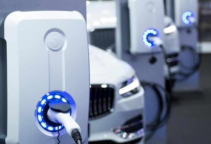 新能源三年市场变化超油车十年