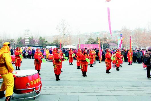"""临淄举办""""齐国故都""""首届年货大集"""