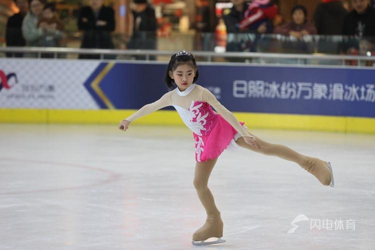燃情冰雪!日照市第二届冬季全民健身运动会冰上项目开赛