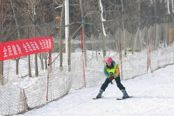 """热""""雪""""沸腾!日照市第二届冬季全民健身运动会雪上项目开赛"""
