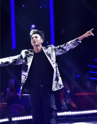 2020山东春晚丨黄子韬深情演唱《最好的我们》