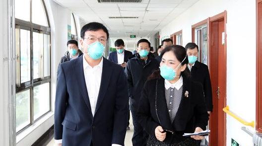 王鲁明现场督导新型冠状病毒感染的肺炎疫情防控工作