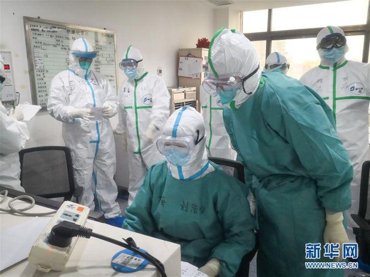 (新型冠状病毒感染的肺炎疫情防控)(6)海军军医大学医疗队将再开设2个新的病区接收患者