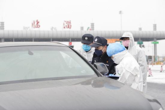 淄博多措并举筑起疫情防控安全墙