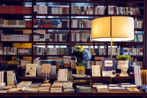 国家新闻出版署:支持实体书店有序恢复经营