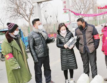 """滨州市人大代表张立军: 一条建议让过街天桥为滨州铝产业""""代言"""""""