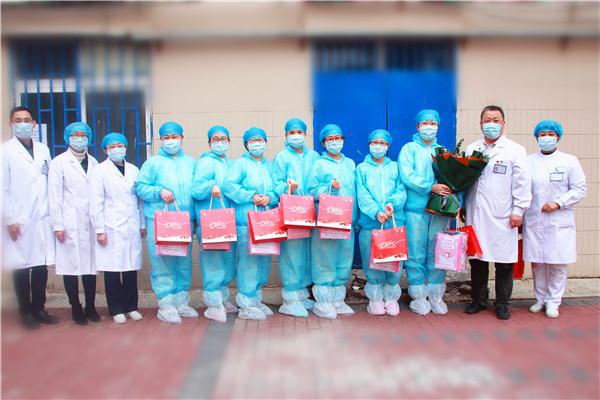 """致敬青岛市胸科医院幕后英雄:他们让一线医护人员感受到""""家""""的温暖"""